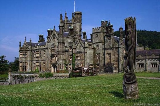 7 stunning drives of europe for Stay in a haunted castle in scotland