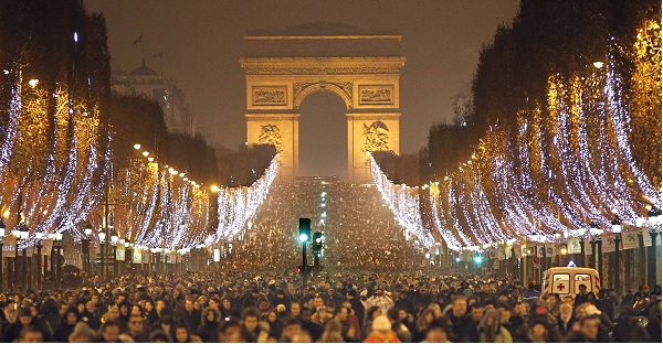 new year s eve in paris france travelphilosophy com