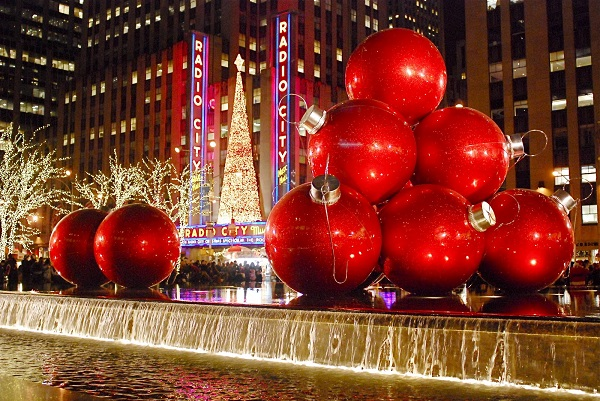 Things to Do in New York City at Christmas | TravelPhilosophy.com