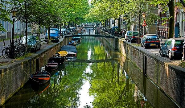 Amsterdam_Canal
